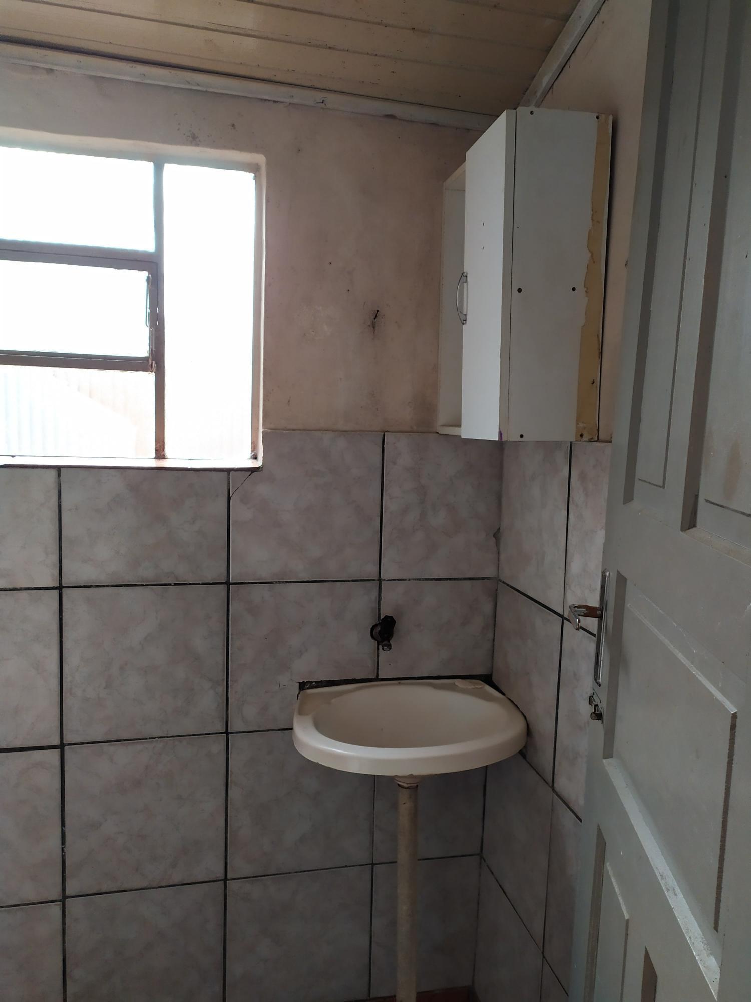 Residência em alvenaria na Vila Prado