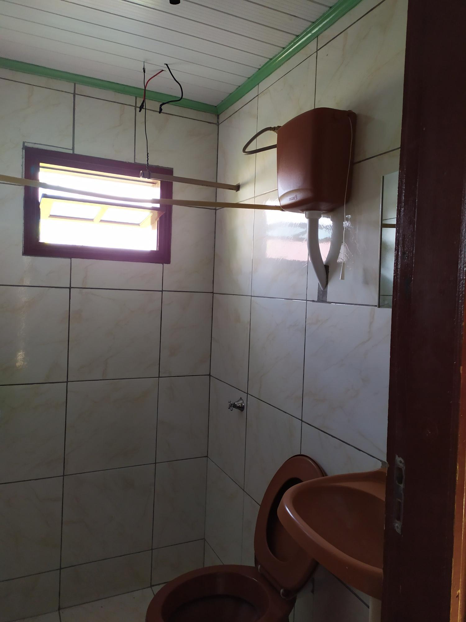 Residência mista com 02 quartos