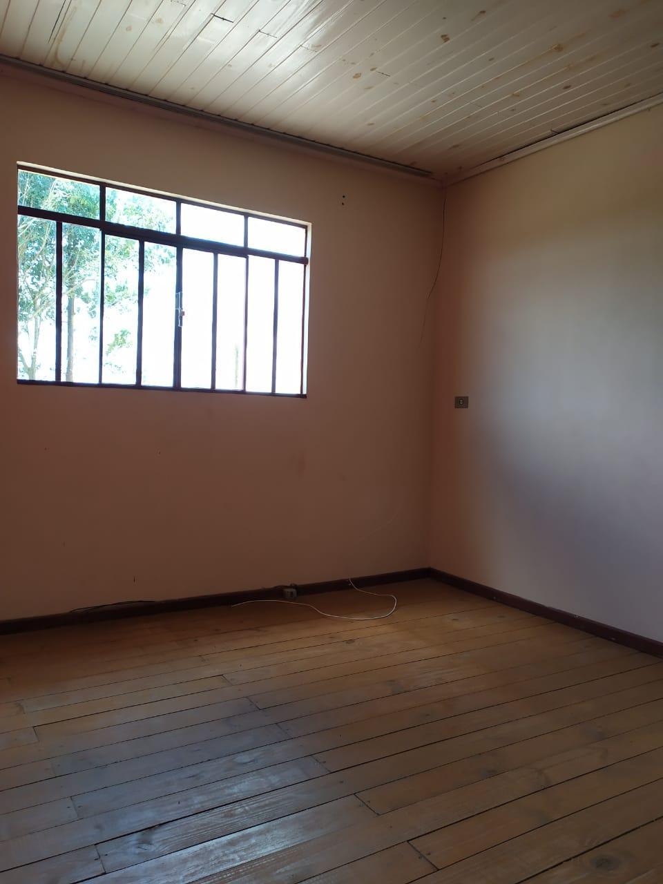 Residência em alvenaria para alugar no bairro Engenho velho