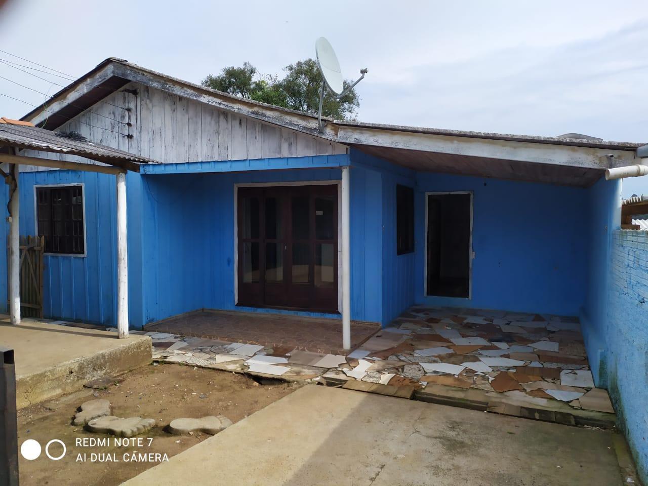 Residência mista no bairro Vila Prado