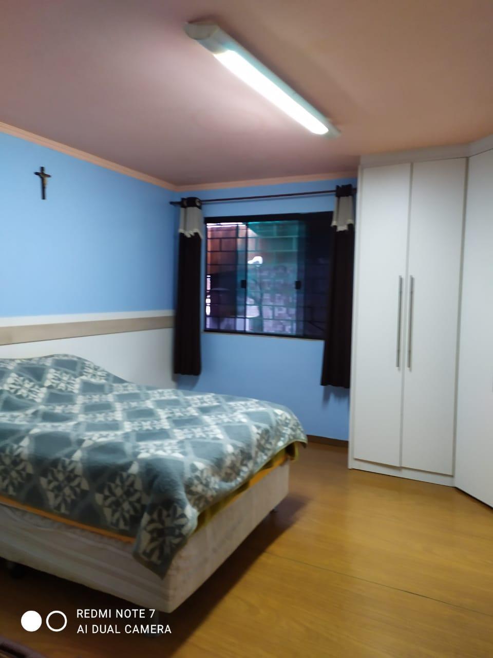 Residência para alugar no centro, próximo da Prefeitura de Quitandinha.